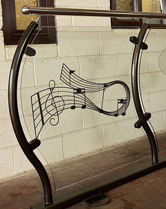 Musical-Note-Art-Deco
