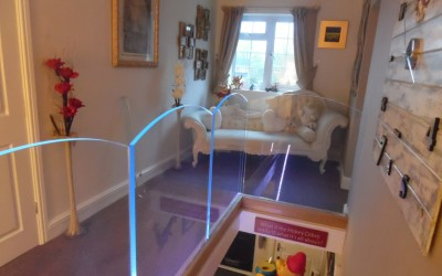 LED Bow Top Frameless Balustrade