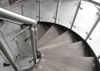 spiral-staircase-glass-600x450